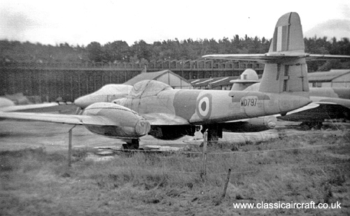 Gloster Meteor F8 photo